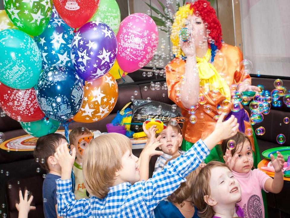 Празднование Дня рождения в разных странах
